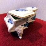 陶器のピアノ